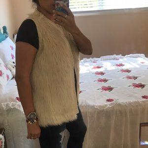 Eyeshadow Other - Faux Fur vest!
